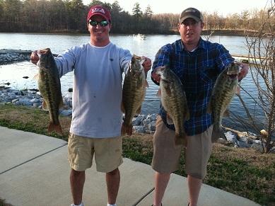 Airport marine championship on lay lake fishing alabama for Logan martin lake fishing report