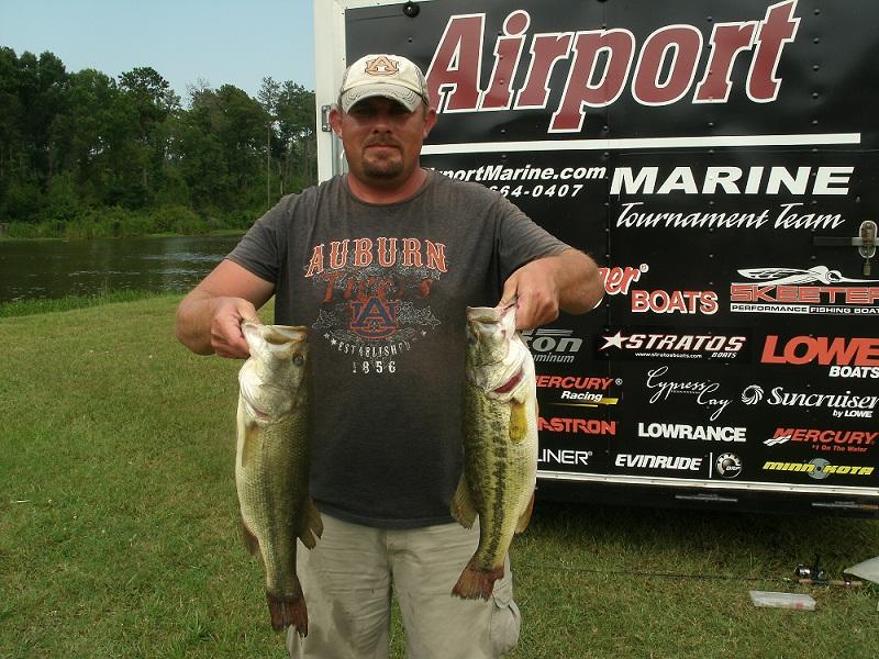 Airport marine tourney on lay lake fishing alabama for Lay lake fishing report
