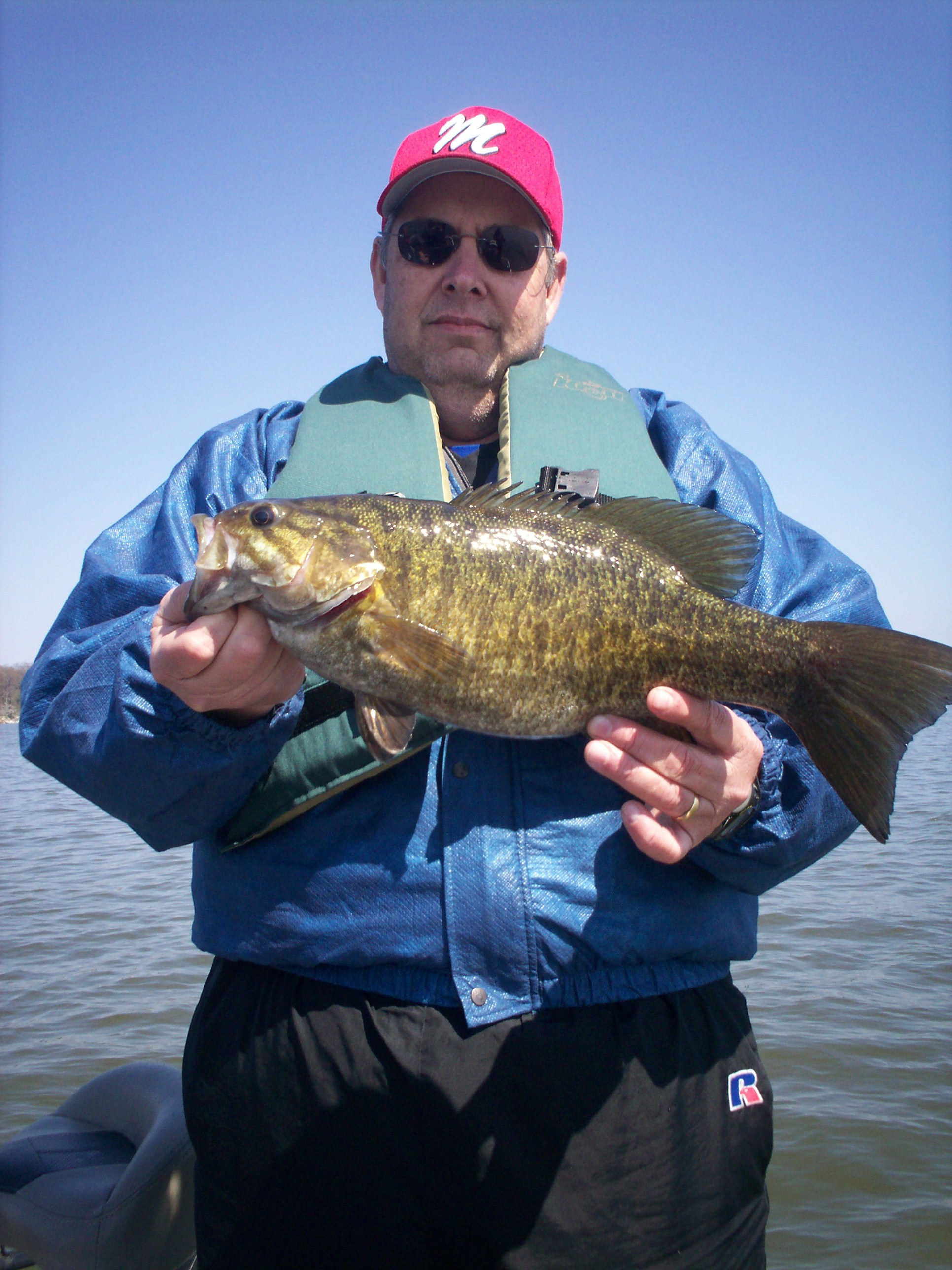 Trophy smallmouth bass fishing on alabama s wilson and for Bass fishing in winter